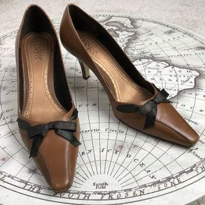 f96a43ee4a2 Franco Sarto. GUC Franco Sarto Leather Kitten Heels 10